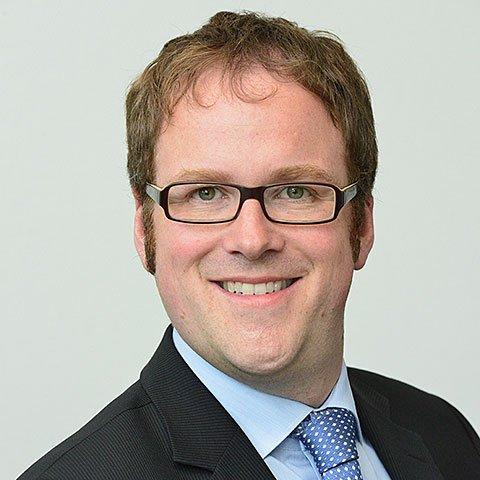 Dr. Florian Janik